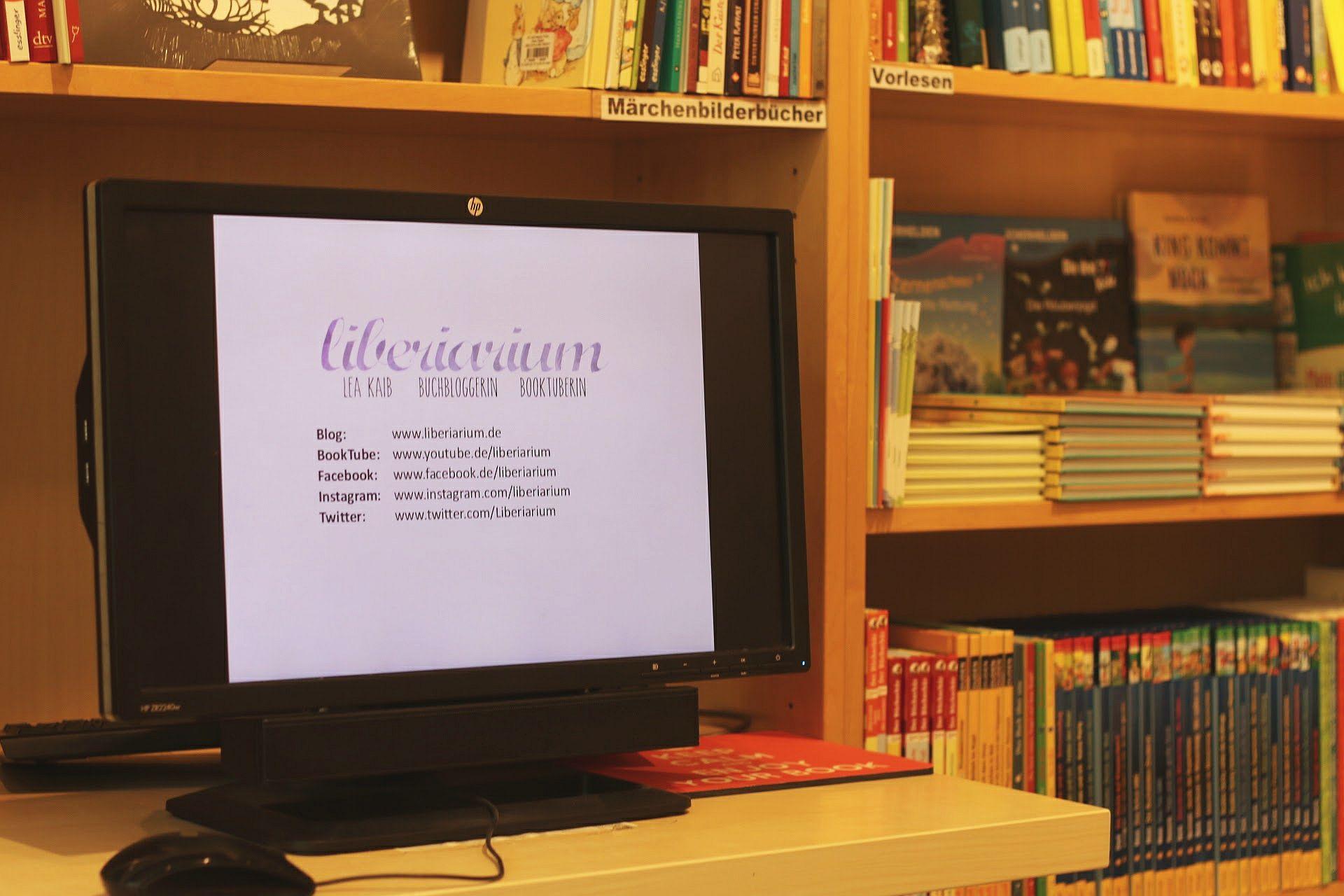 Blogger-Event Vortrag Computer Bildschirm Liberiarium Lea Kaib