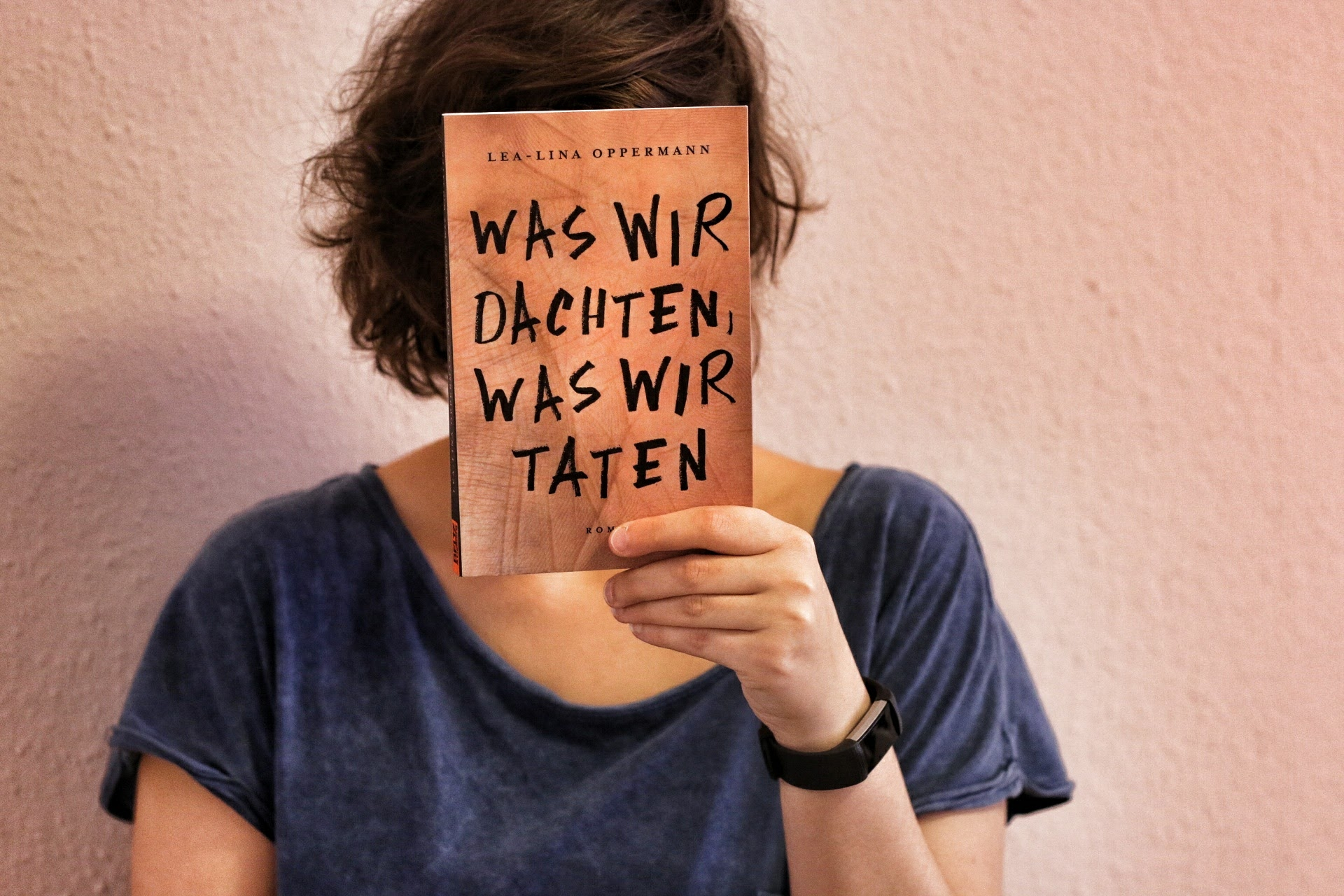Was wir dachten was wir taten Lea-Lina Oppermann Buch Cover Beltz & Gelberg Amoklauf Amokalarm