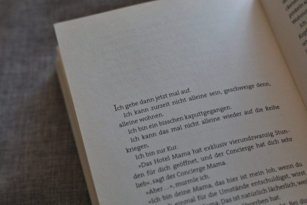 Mängelexemplar Sarah Kuttner Roman Buch Bücher lesen Rezension Depression Panikattacken Karo